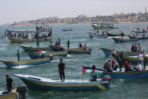 gazans trying to break israrli   siege