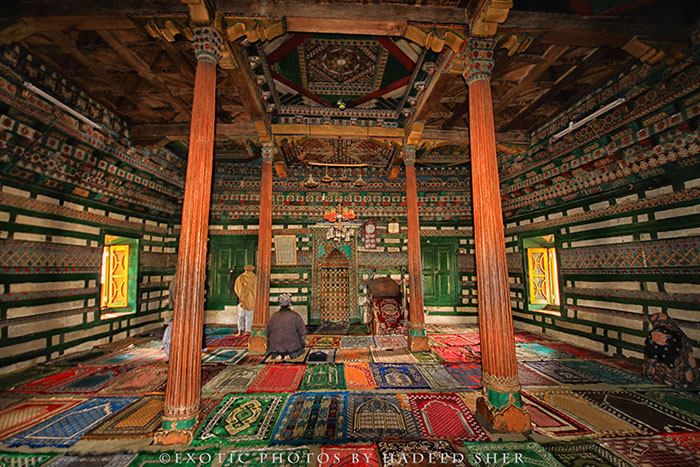 Interior of Chaqchan Mosque